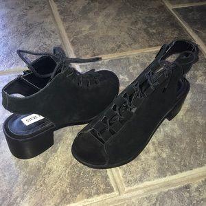 black steve madden heel botties